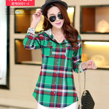 NEW Spring and Autumn Plus Velvet Thick Warm Plaid Shirt Sleeved Women'S Plaid Blouse free shipping Even a hat Cap female