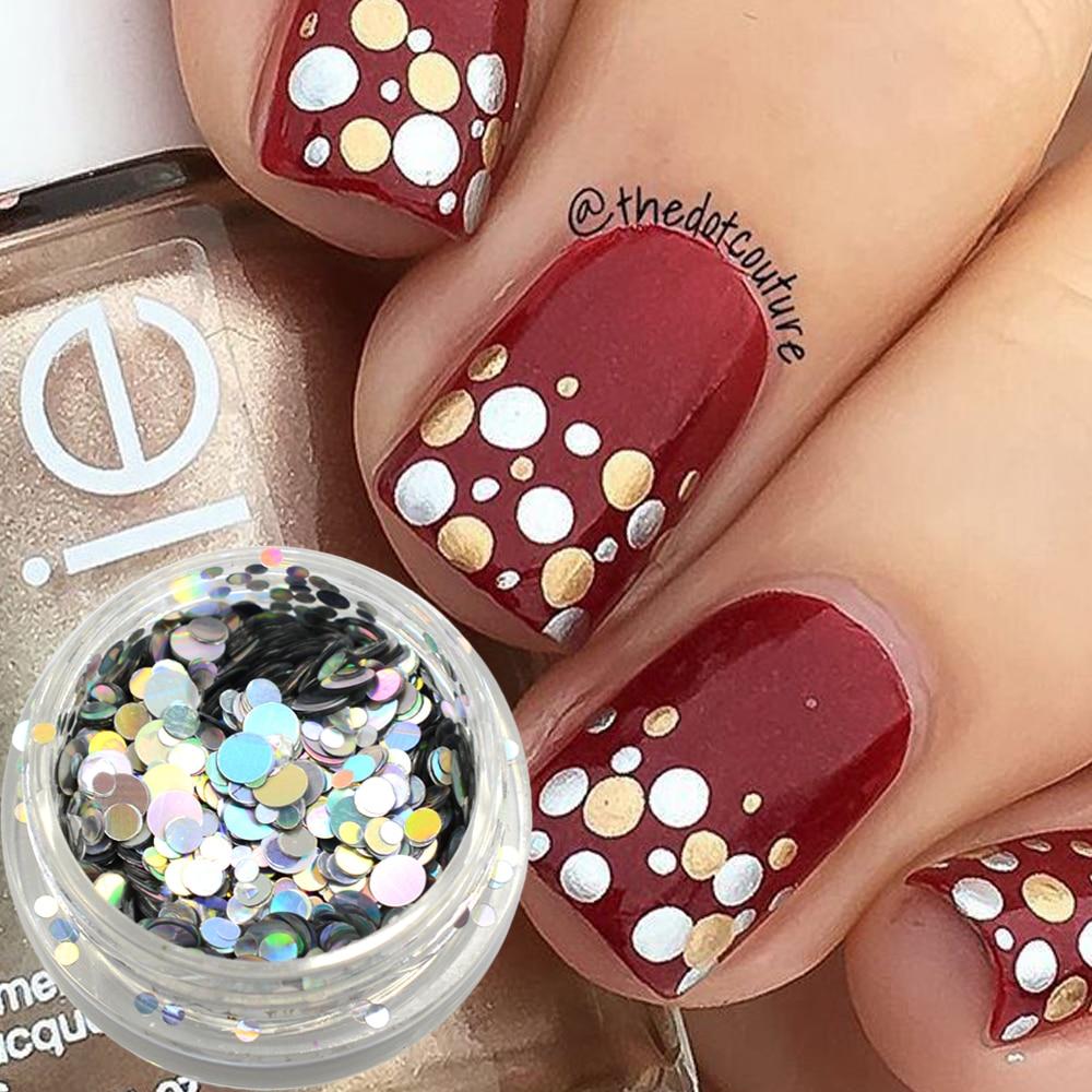Украсить ногти блестками