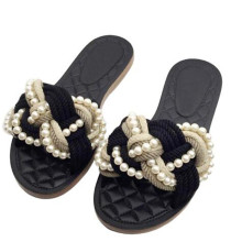 2017 European Famous Brand Beading Sandals Women Flat Slippers Plaid Design Beach Sandals Gladiator Shoes Woman big size 40