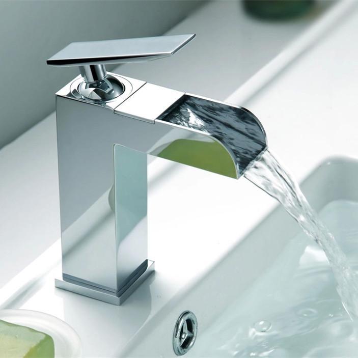 2016 Wholesale Promotion Torneira Banheiro Cozinha Solid Brass Chrome Single Handle Waterfall Bathroom Faucet Basin Mixer Tap<br><br>Aliexpress