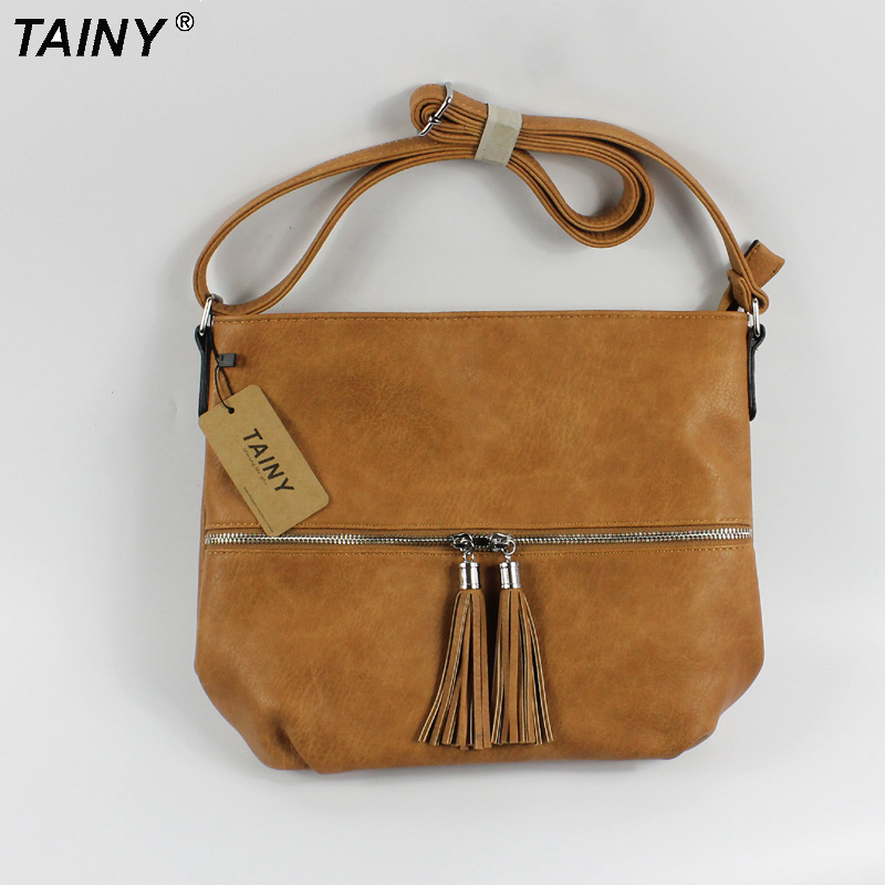 TAINY 2017 Young Women Messenger shoulder Bag Vintage crossbody Bags Casual M size 3 colors<br>