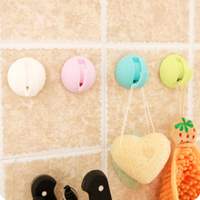 Modern carved designs sucker Bath hook Towel cloth storage rack for hanging Kitchen rack wall clasp Accessories 3