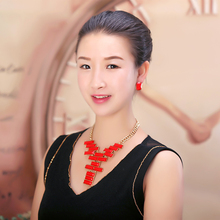 Resin white Shining alloy necklace Bohemia style leisure Party women Fashion Necklace Earrings suite Can wholesale goodquality