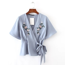 2017 Fashion Women Flower embroidery Kimono Shirts Short sleeve Blouses Summer style Casual Tops chemise femme blusas S1815(China)
