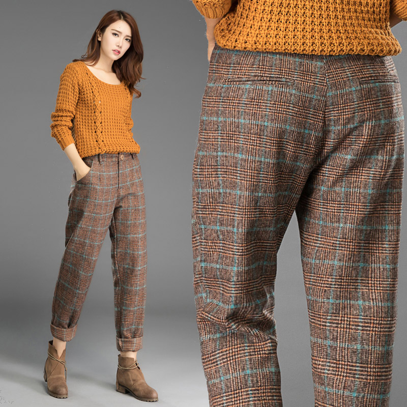 2019 Autumn and winter woolen  trousers, pants, Plaid fashion, fabrics, Korean version of casual slacks