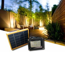2015 New process Solar power floodlight High lumens outdoor flood light  waterproof IP65 energy saying light solar flood light