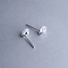 Elegant paragraph 925 silver stud earring drawing small flower elegant stud earring female pure silver elegant brief earrings(China)