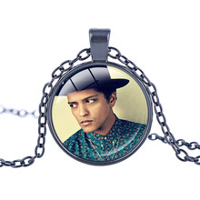 Bruno Mars Musician Necklace Sexy Cute Singer Pendant New Fashion Design Kids Birthday Favors and Gift Bridesmaid Jewelry