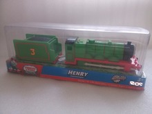 NIB Electric Thomas and friend Henrry Trackmaster engine Motorized train Chinldren child kids plastic toys Henry with truck