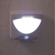 High Quality   Mighty Light 3 LED Motion Sensor Activated Night Light Indoor&Outdoor