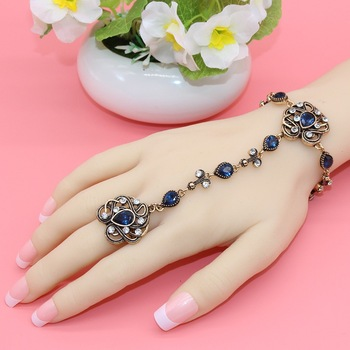 New Turkish Bracelets&Rings Women Antique Gold Plating Bijoux Exquisite Crystal Hand Back Chain Indian Floral Jewelry Gift