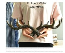 Retro Antlers Decorative Wall Hanging Coat Rack Creative Clothing Store Entrance Door Wall Wall Decorative Wall Key Hook 0547(China)
