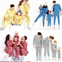 2017 Family Christmas Pajamas Family Matching Clothes Matching Mother Daughter Clothes Father Son Mon Baby New Year Family Sets(China)
