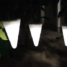 Ice Cream Cone Solar Lamp LED Outdoor Garden Path Camping Solar Powerd Hanging Lights Decoration Pendant Lamp for Party 2017 Hot