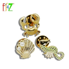 F.J4Z Custome Brooches Jewelry Fashion Seashell Sea Horse Crab Women's Sweater Pins Accessories Alfileres Broches(China)