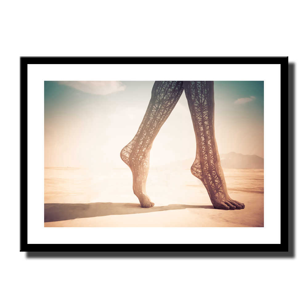 Fashion Sexy Girl Foot Made Of Steel Art Poster Canvas Print Painting Wall Art Picture For Living Room Home Decor No Frame LZ464
