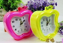 5pcs/lot wholesales F.APPLE SHAPED New Design Hot Sale Alarm  Desk / Table Mini CUTE FASHION Alarm Clock candy color