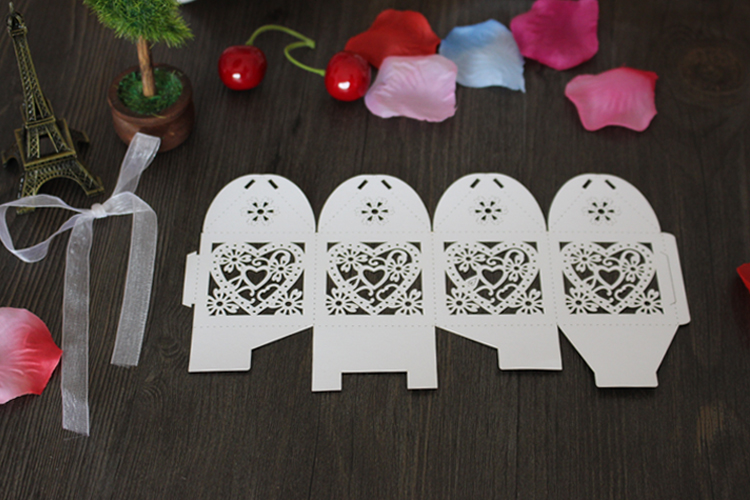 Hollow Heart Laser Cut Paper Gift Boxes [ 100 Piece Lot ] 4