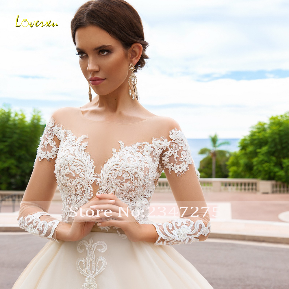 Loverxu Sexy Backless Long Sleeve Ball Gown Wedding Dresses 2020 Scoop Neck Appliques Beaded Chapel Train Vintage Bridal Gowns
