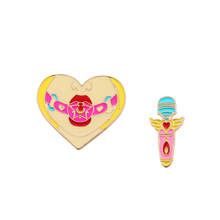 Micro chapter fashion jewelry charm women Deserve to act the role of pectoral flower girls clothes Heart-shaped cartoon pin broo