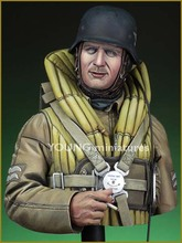Unpainted Kit  1/10 Luftwaffe Bomber Crewman, 1940  bust  with best quality  Historical WWII Figure Resin  Kit Free Shipping