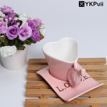 150ML Innovative Heart-shaped Milk Coffee Tea Mugs Brief Love Porcelain Mug With Handgrip Tray Romantic Couple Cups Sweet Gifts