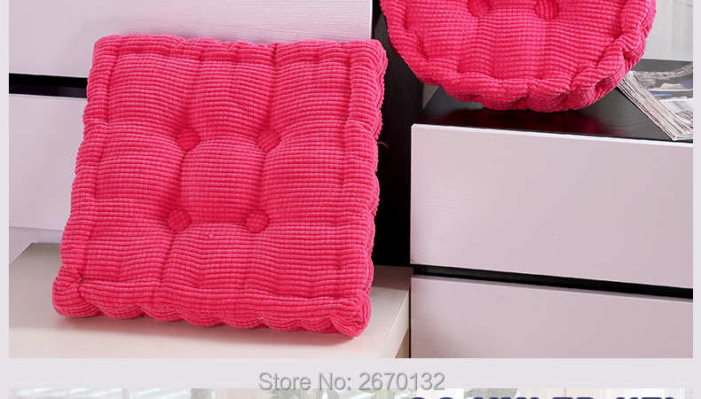 Corn-Cushion-790-02_09