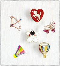 Fashion Cartoon Badminton Bow Roller Skating Shoes Unicorn Balloon Cute Metal Brooch Pins Badge Jewelry For Women Gift Wholesale