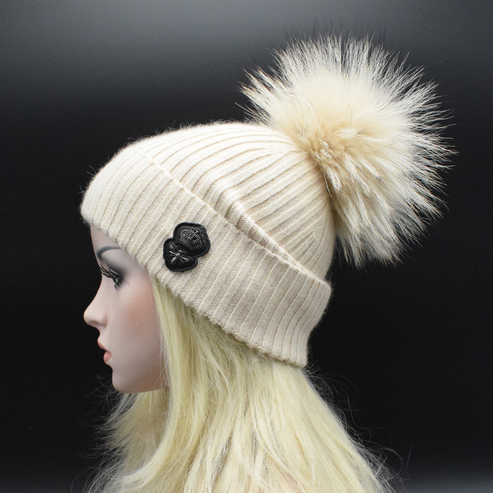MIGEDE Winter high quality Lady Skullies and Beanies hat Wool knitted hat casual cap with real raccoon fox fur pompom gorrosÎäåæäà è àêñåññóàðû<br><br>