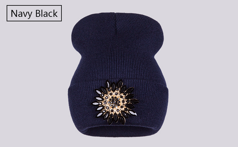 Ralferty 2018 Winter Hats For Women Knitted Luxury Flower Crystal Beanies Hat Female Skullies Caps Black Streetwear Gorras Gorro 5