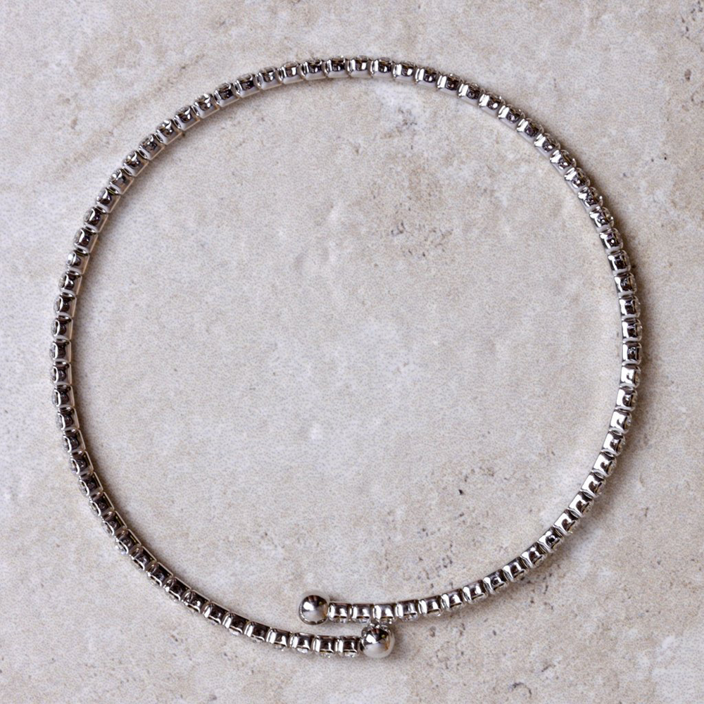 diana_bracelet_in_silver_from_coco_and_duckie_a5f0d34d-3bec-409d-93ff-043c82993421_1024x1024
