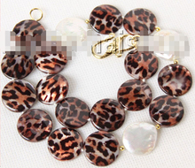 "CBN201 Beautiful 17"" 20mm coin fastener white pearls black coffee sea shell necklace(China)"