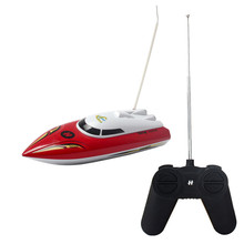 RC Boat Water toys High Speed Fast Boat Scale model Summer toys Radio Remove Control Mosquito craft Kids baby toys Brinquedo(China)