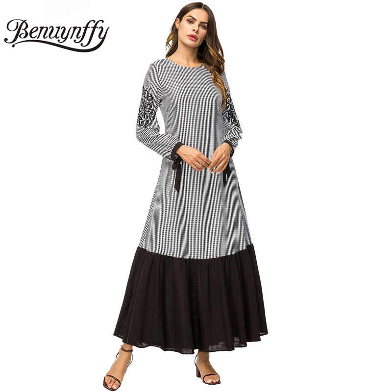 Benuynffy Women's Plaid Color Block Pleated A Line Dress Autumn Winter Women Embroidery Long Sleeve Casual Round Neck Maxi Dress