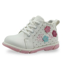 Apakowa 2017 New Spring Autumn kids girls sneakers shoes handmade fashion toddler girls boots flower PU Leather boots kids boots