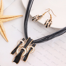 New Coming Hot Selling Chain Necklace For Lady Black Rope Necklace Jewelry Set Graceful Black Jewelry Set For Women