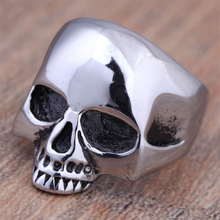 Lastest Design !! 1 pc Hot Mens Boy Skull Head Ring 316L Stainless Steel Punk Stylish Rings