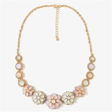 H:HYDE Pop Early summer small pure and fresh the moonlight the cat's eye gem flower necklace Collarbone chain Women Jewelry