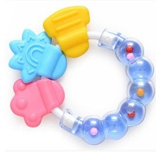Baby Teether Necklace Silicone Teethers with Rattle Toys Teething Baby Bpa Free Baby Care Acessorios 2017 Safe Soft Christmas(China)