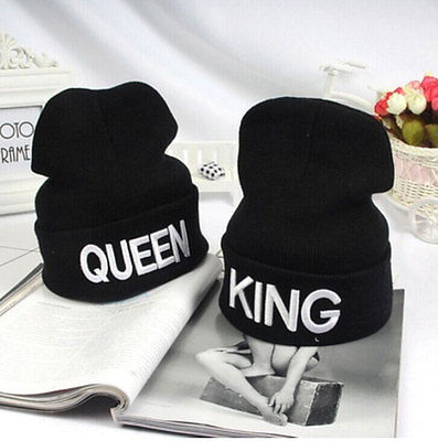 KING and Queen Letter Embroidery Cap VALENTINE Love Couple Knitted Winter  Warm Women Hat New ArrivingÎäåæäà è àêñåññóàðû<br><br><br>Aliexpress