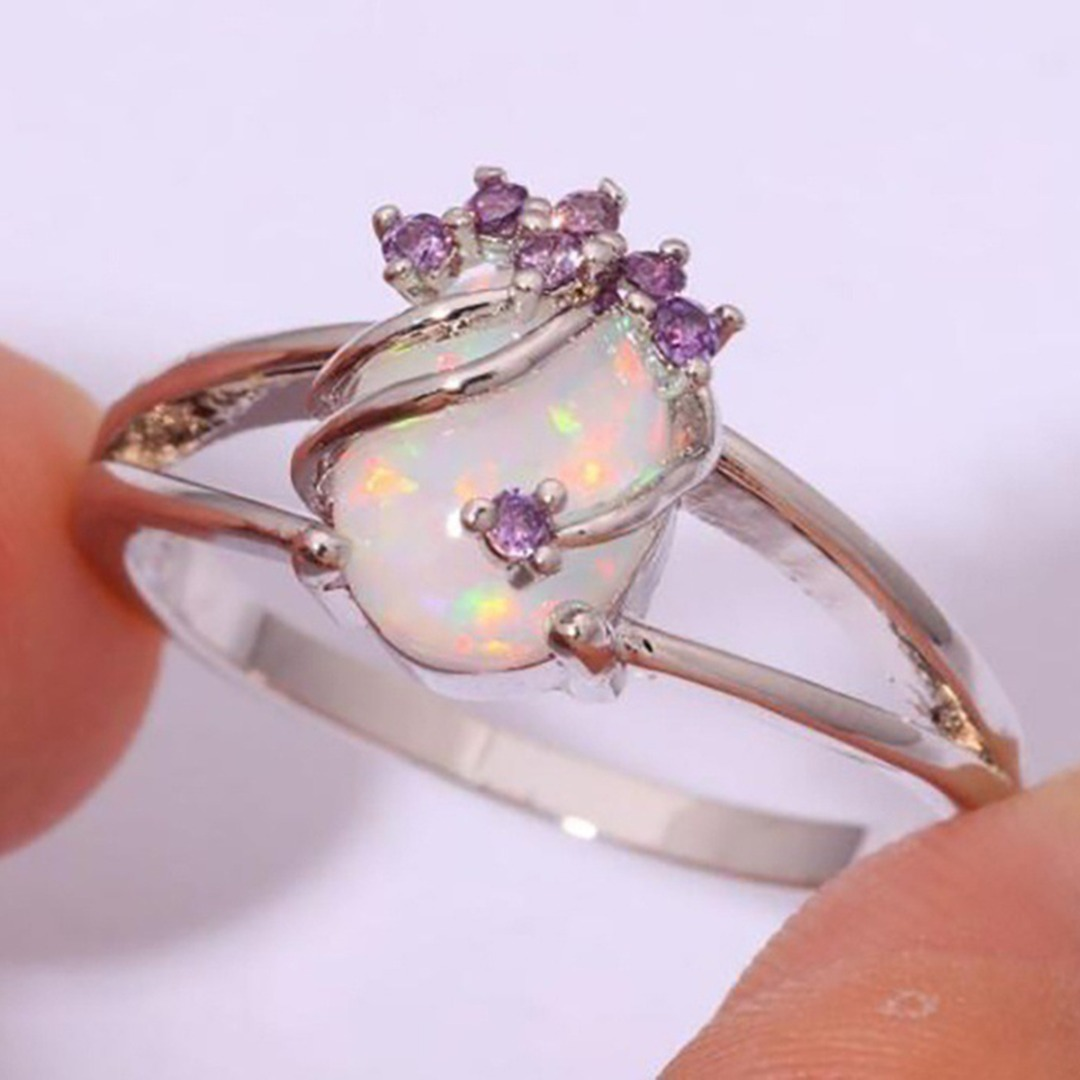 Classic Chic Sliver Oval White Opal Rings Women Vintage Crystal Wedding Band Ring Jewelry Valentine\`s Gift Fashion Accessories