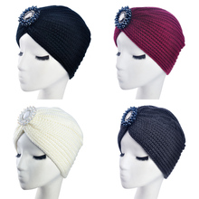 2017 New Fashion Ladies Metal Jewel Accessory Winter Warm gem Turban Soft Knit Headband Beanie Crochet Headwrap Women Hat Cap