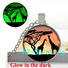 Cuople Giraffes Necklace Sunset Photo Jewelry Giraffes Glowing Pendant Glass Jewelry Glow in The Dark Necklace
