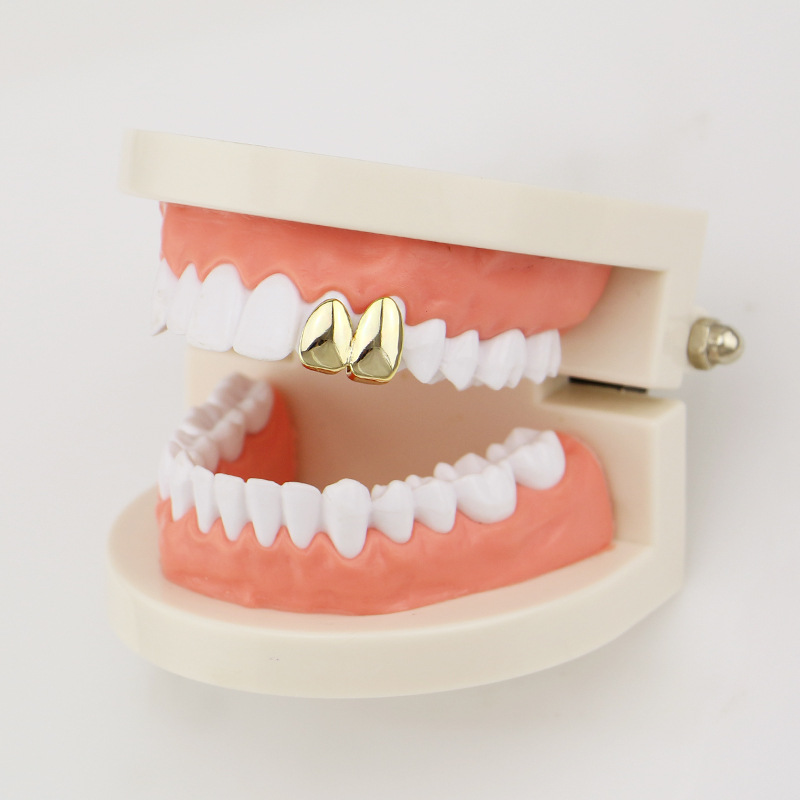 Factory Bottom Price 2 pcs Teeth Jewelry Real Gold Plated Teeth Grillz Hip-hop Cool Men Fake Tooth Grillz USA Hot Sale Halloween Gift (6)
