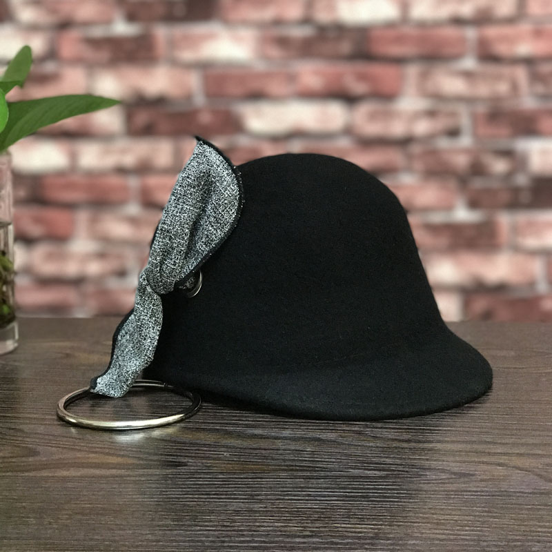 Circle, baseball caps with Europe and the United States the new wool decoration hip-hop equestrian cap female hat fashion shoppi<br>