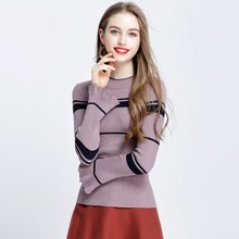 Spring new women 's knitted round neck speaker sleeves long sleeves fashion Slim was thin wild 8819