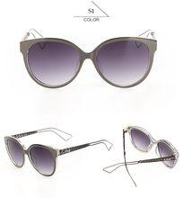 Cat Eye lunettes de Soleil Femmes De la Marque EE Designer Miroir Coloré  Objectif Lunettes Oculos Feminino Avec Logo KF102-KF128. 75ad971a7a01