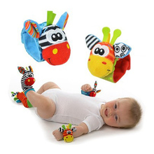 Baby Rattles/Mobiles Stuffed Toys For Tots Giraffes Bug Wrist Strap Watch Band & Socks Toddlers Education Toy T0134