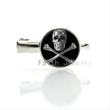Super cool chrome color Skull and Crossed Bones art picture silver plated Round Glass Hand made hair clip pins jewelry T163