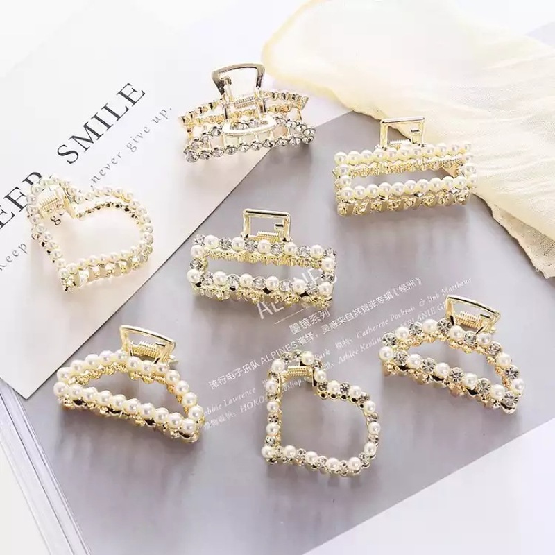 Fashion Rhinestone Butterfly Hairpin Claw Shape Hair Clips Clamps Accessory Hot